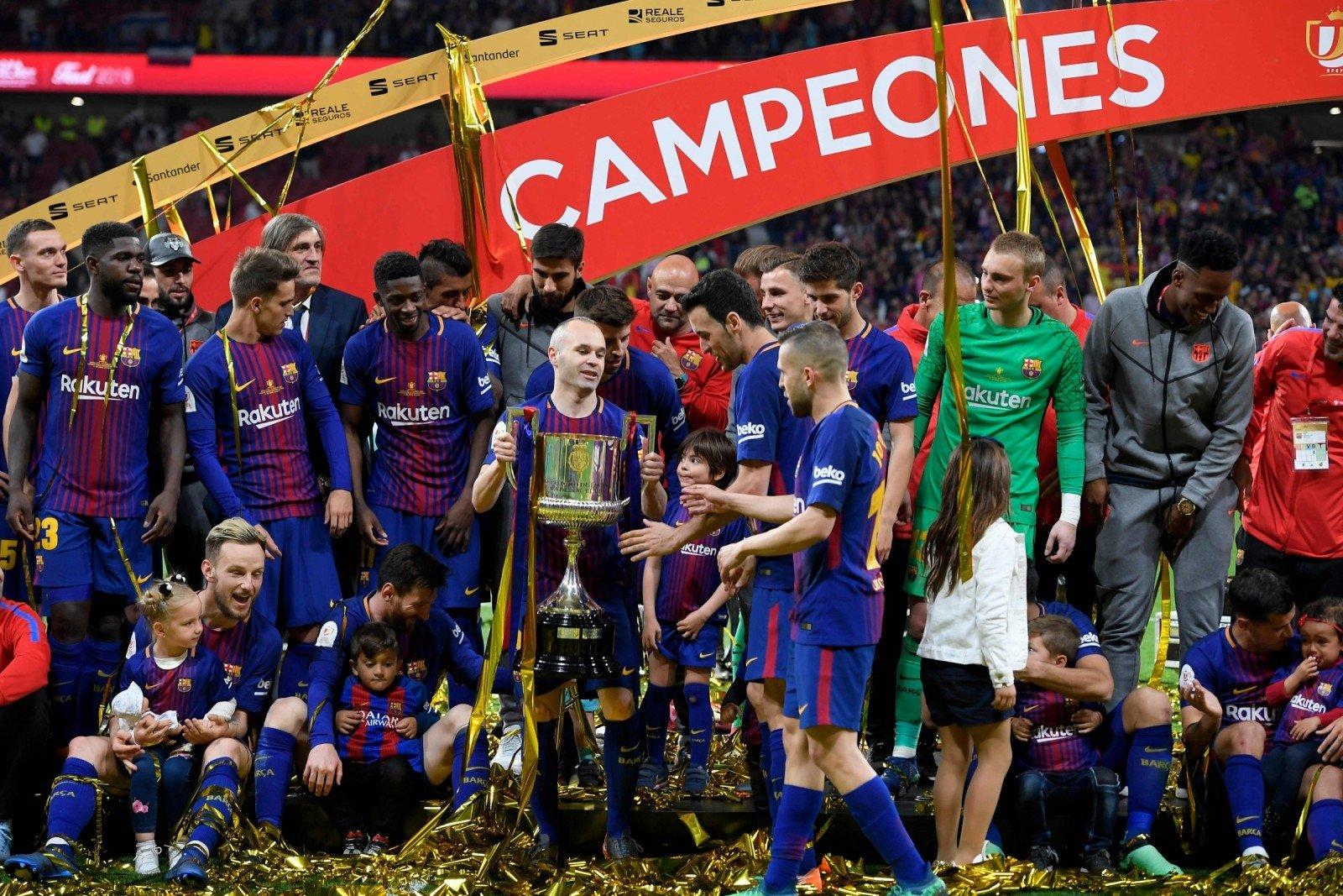 Auto Karta Barcelona.Finale Siautėjusi Barcelona Ketvirta Karta Is Eilės Laimėjo