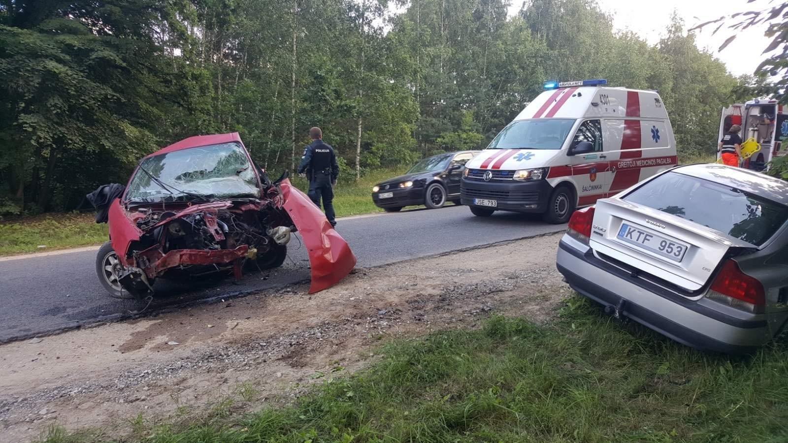Лобовое столкновение двух авто произошло в Оршанском районе - трое пострадавших