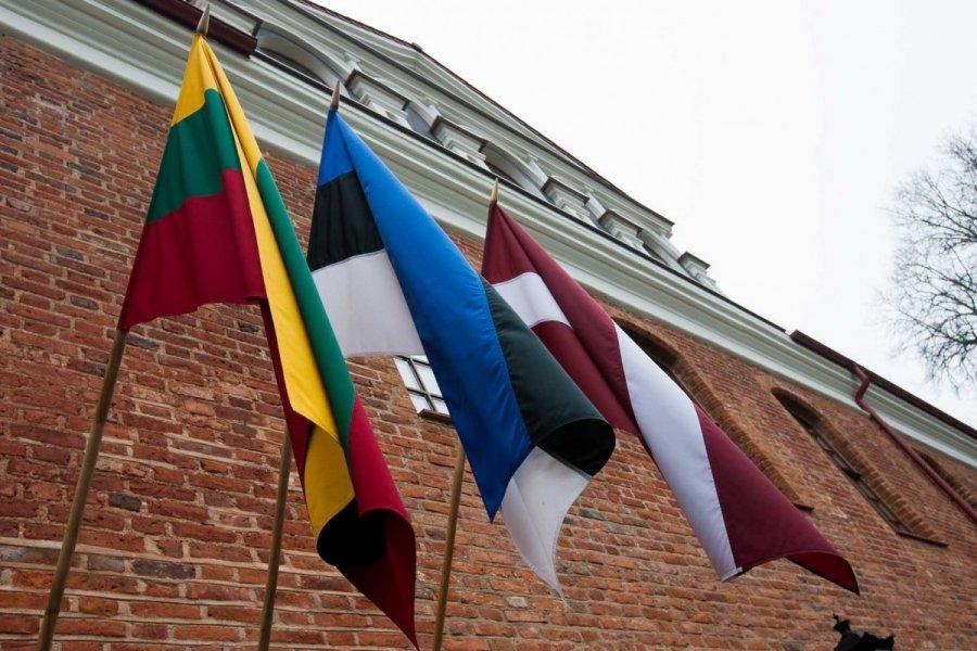 Страны Балтии попробуют договориться обобщем рынке СПГ