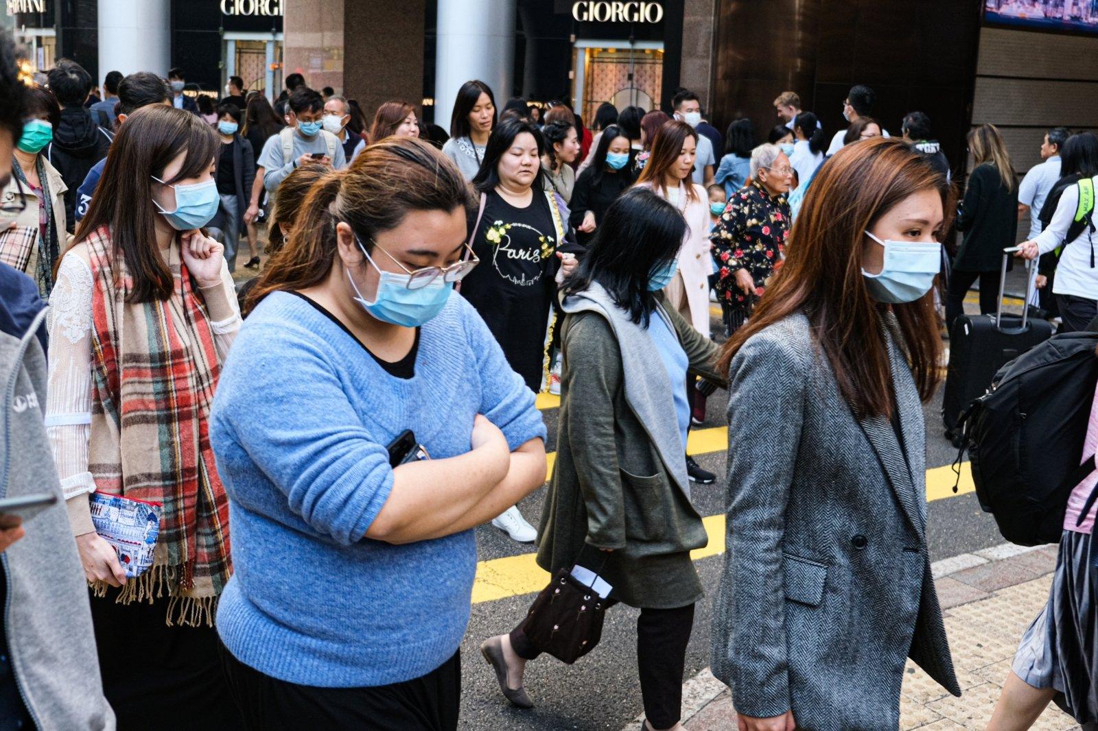 В Китае выписан из больницы пациент с COVID-19, проходивший лечение плазмой крови