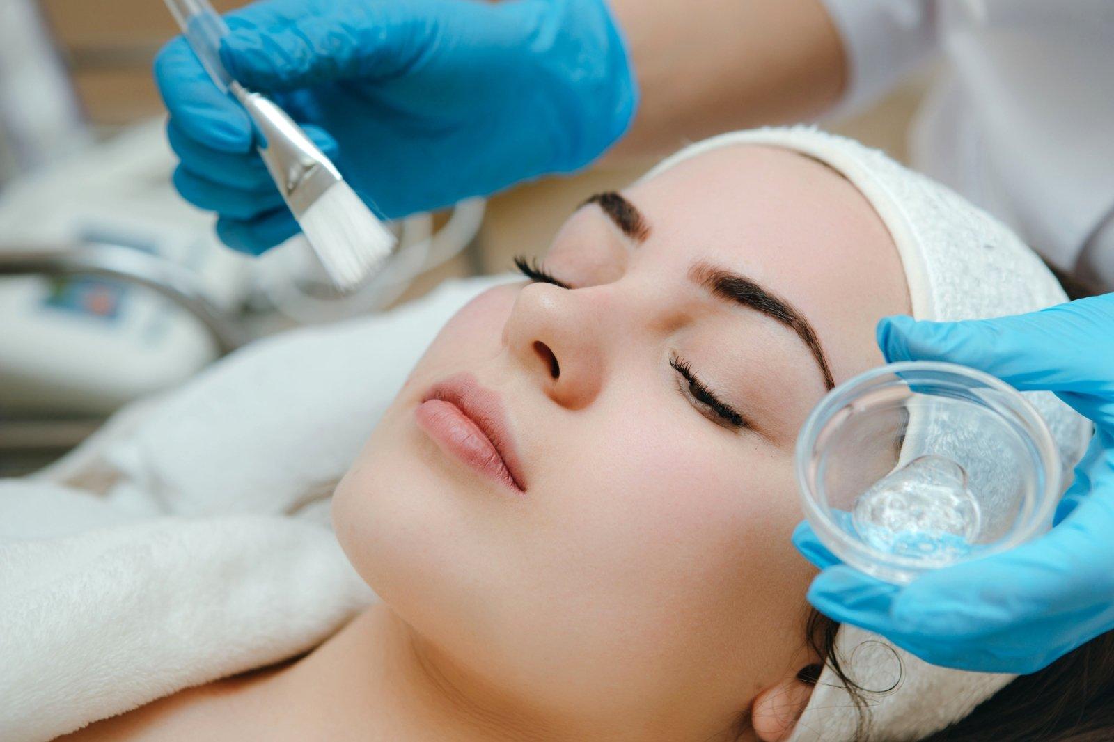 dirbti namuose kosmetologo)