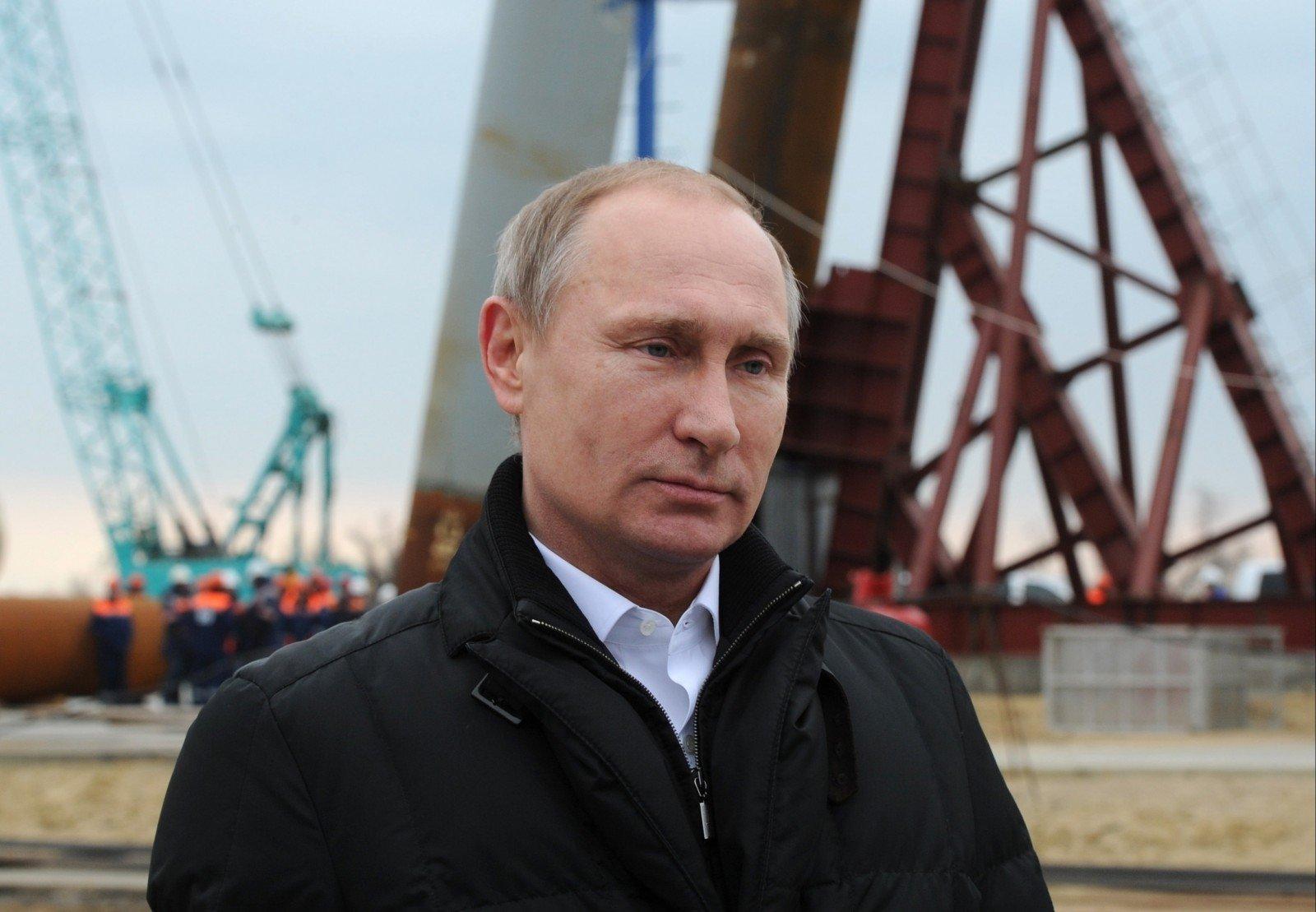 Президент РФ подписал закон оСМИ-иноагентах