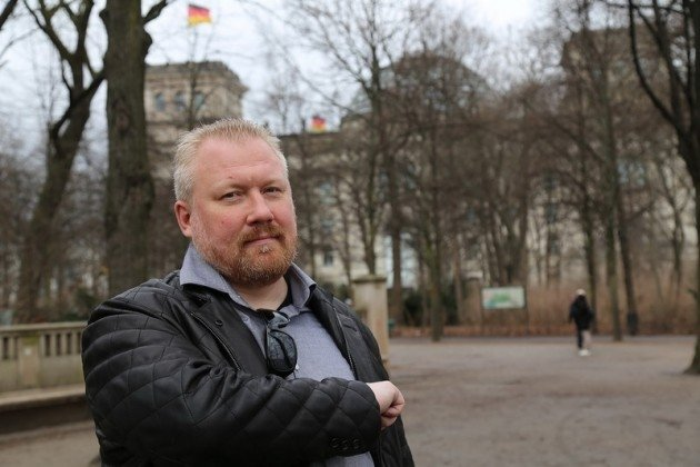 Организатора «Русского марша» задержали запризывы кэкстремизму